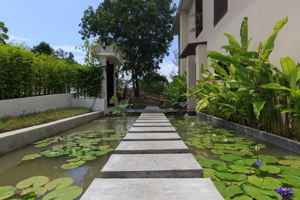 Ornamental pool at entrance, sea view villa Choengmon
