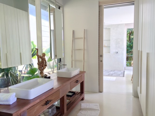 Koh Samui, Luxury villa, ocean front, 5 bedrooms, bathroom