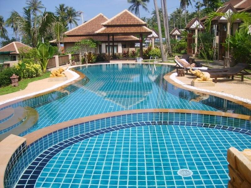 bungalow for rent Koh Samui, property for rent Koh Samui, house for rent long term Koh Samui, two bed bungalow with communal pool for rent in Bophut