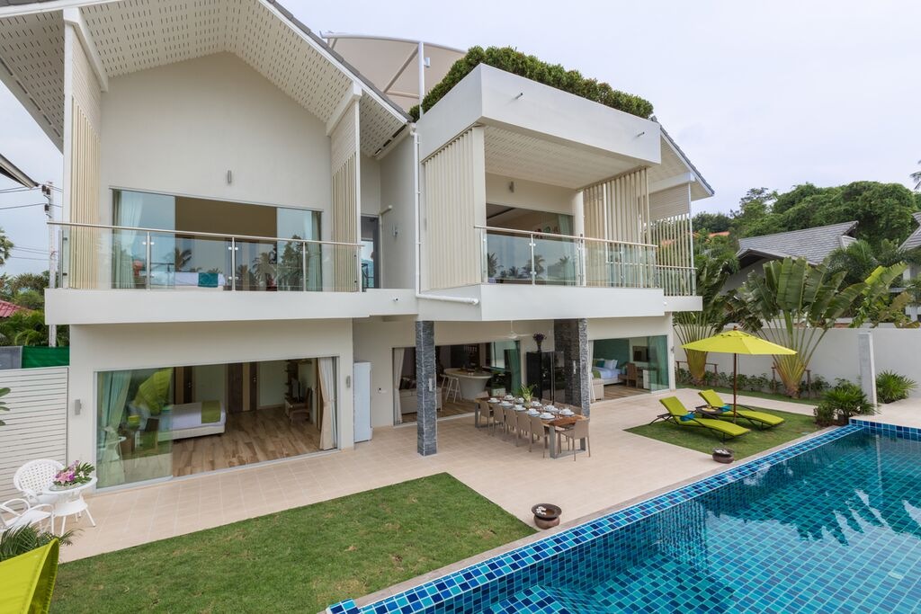villa for sale Koh Samui, property for sale KOh Samui, villa in estate for sale Koh Samui, five bedroom villa with pool in Ban Tai