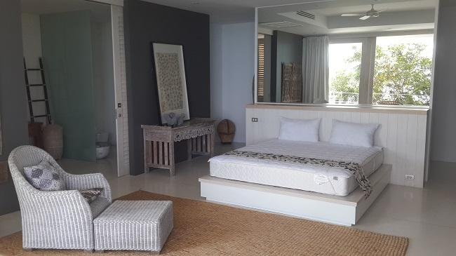 Koh Samui, 5 bedroom luxury villa, ocean front, bedroom