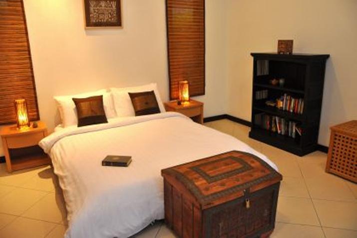 Koh Samui, Samran Gardens, 3 bedroom bungalow, Swimming Pool, Bedroom 3,
