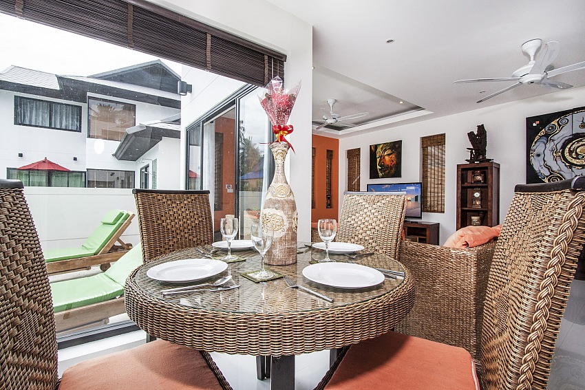 Koh Samui, Maenam, 3 bed pool villa for sale, Villa for rent, dining area,