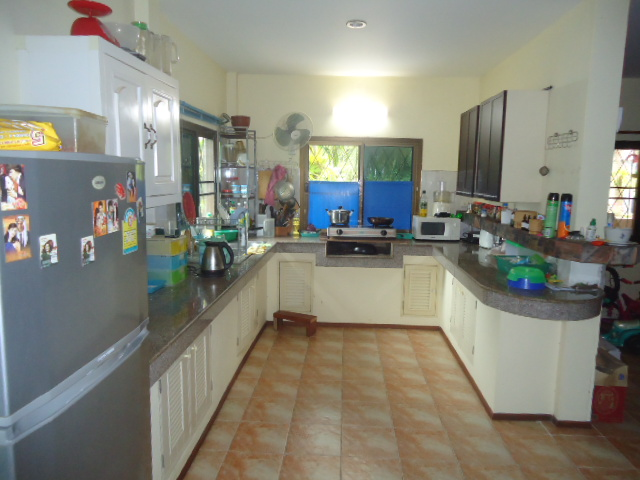 Koh Samui, Lamai, 3 bedroom bungalow for sale, villa for sale, kitchen,