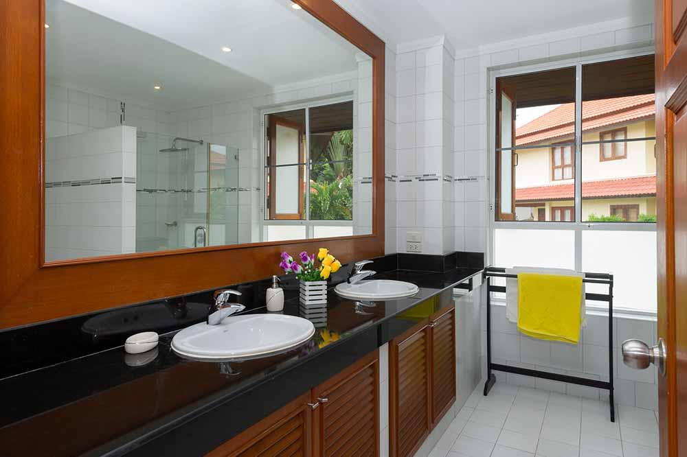 Koh Samui, Choengmon, 3 bedroom, detached pool villa, main bathroom