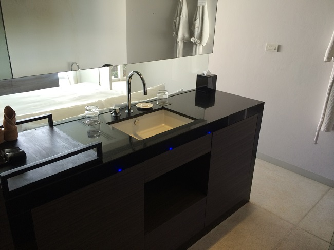 Koh Samui Apartment for Sale, Infinity Apartment for Sale, bathroom,