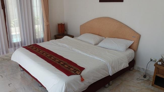 Ko Samui villa for sale, Sea view villa for sale, Villa with apartment for sale, bedroom 1,