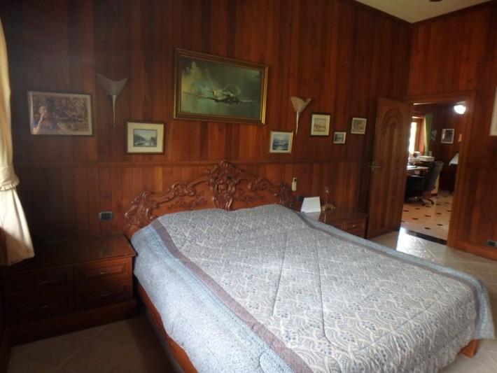 Koh Samui Beach Villa for sale, Bungalow on the beach for sale, bedroom 2,