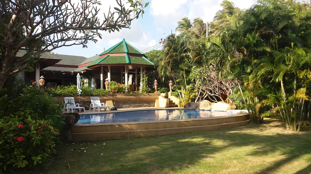Koh Samui Beach Villa for sale, Bungalow on the beach for sale, rear view,
