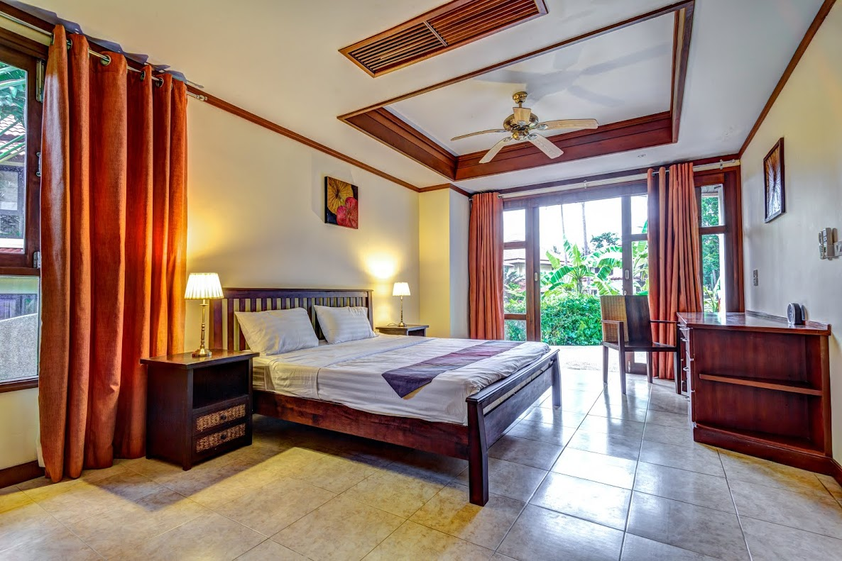Koh Samui Villa For Sale, Tong Song Bay Villa for Sale, 4 bedroom villa, master bedroom,