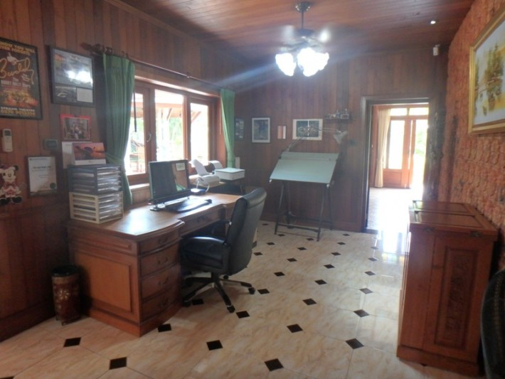 Koh Samui Beach Villa for sale, Bungalow on the beach for sale, home office,