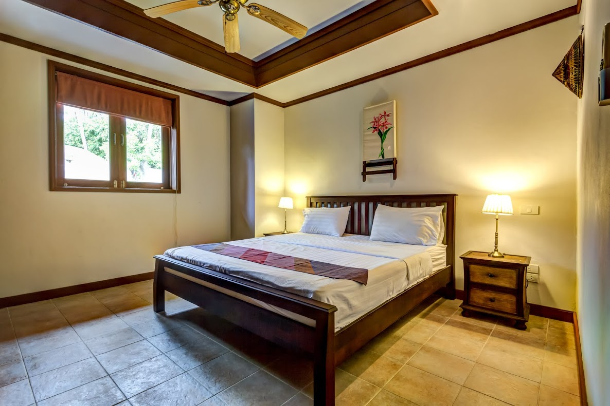 Koh Samui Villa For Sale, Tong Song Bay Villa for Sale, 4 bedroom villa, bedroom,