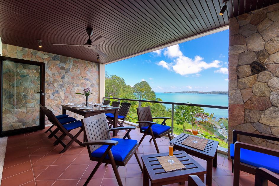 Koh Samui luxury villa for sale, ocean front villa for sale, covered terrace,