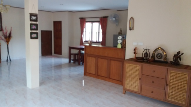 Koh Samui Villa for Sale, Villa near beach for sale, apartment, living room,