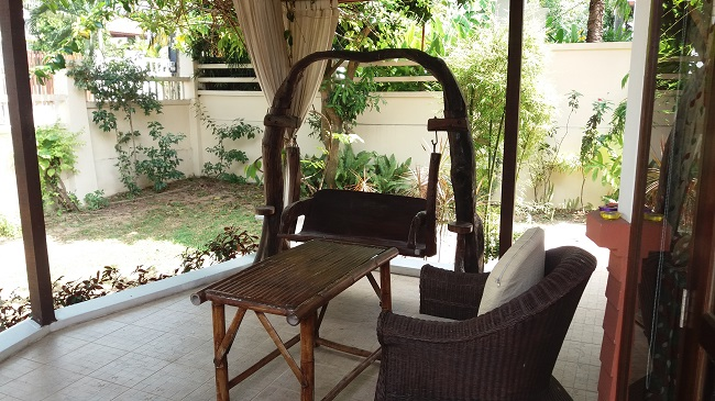 Koh Samui Bungalow for sale, 2 bedroom bungalow for sale, covered front terrace,