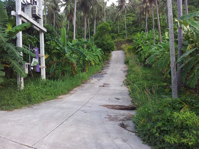 Koh Samui Land for sale, Hillside land for sale, concrete road,