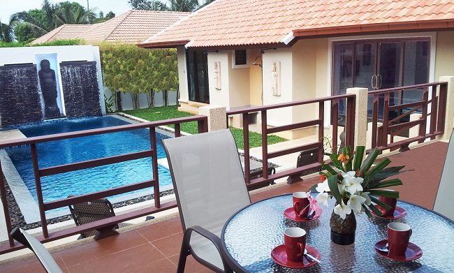 Koh Samui bungalow for sale, 4 bedroom bungalow for sale, Villa Lychee for sale, terrace and pool,