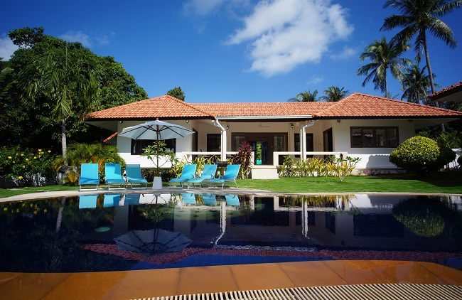 Koh Samui villa for sale, pool villa for sale, Villa Mango for sale, rear view,