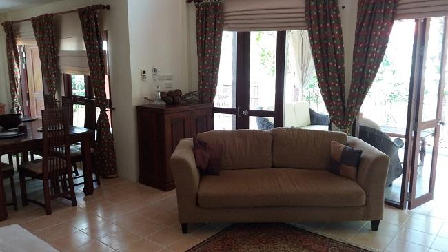 Koh Samui Bungalow for sale, 2 bedroom bungalow for sale, lounge,