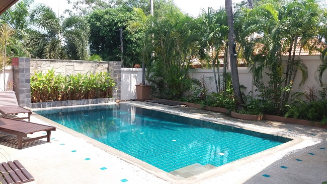 Koh Samui bungalow for sale, 3 bed bungalow for sale, pool view,