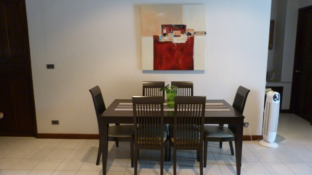 Koh Samui bungalow for sale, 3 bed bungalow for sale, dining area,