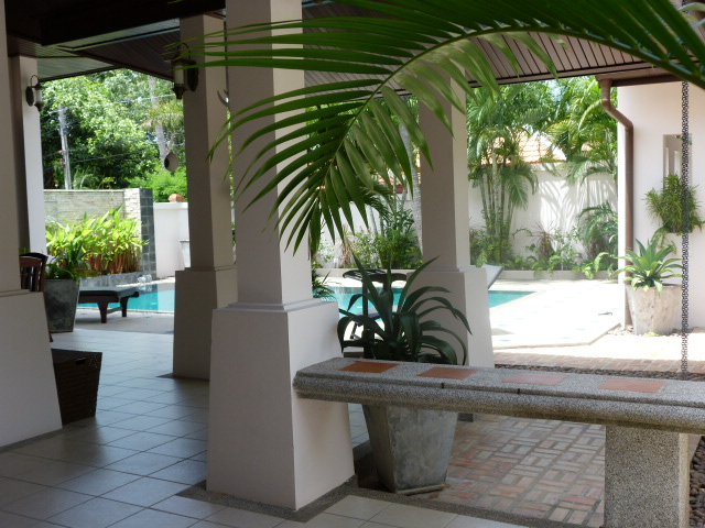 Koh Samui bungalow for sale, 3 bed bungalow for sale, covered terrace,