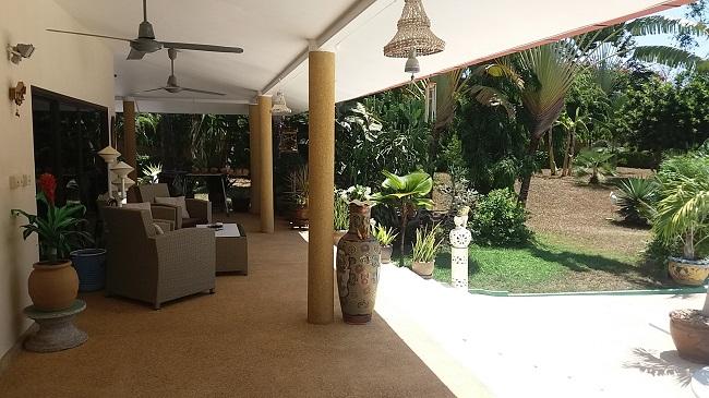 Koh Samui Villa for sale, 6 bedroom villa for sale, Pool villa for sale, veranda,