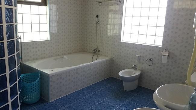 Koh Samui Villa for sale, 6 bedroom villa for sale, Pool villa for sale, bathroom,