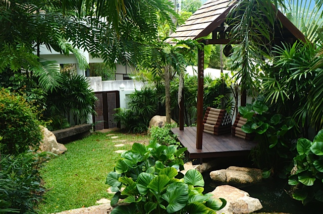 Pool villa in Koh Samui close to Fisherman's Village for sale, garden,