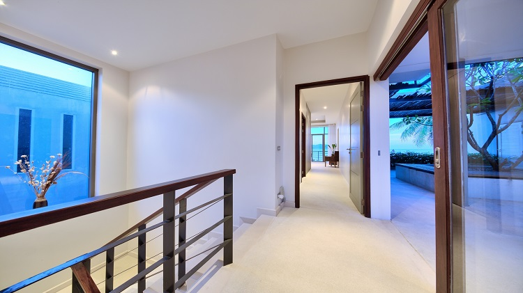 Koh Samui Luxury Villa for sale; Koh Samui Beach front Villa for Sale, First Floor Landing