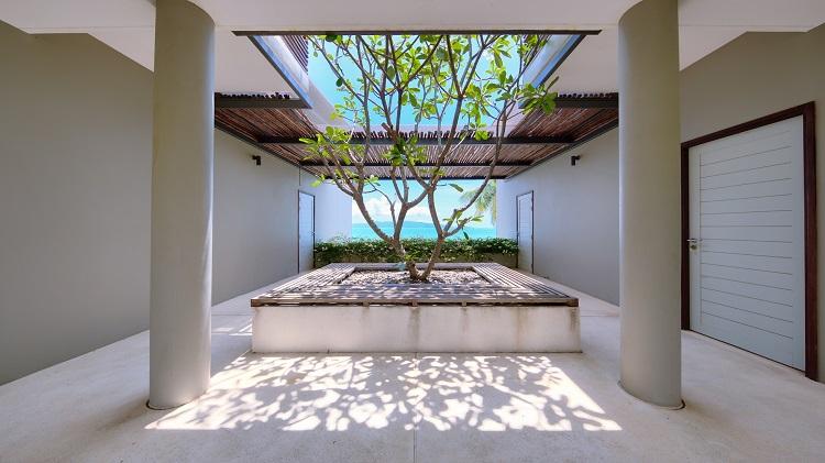 Koh Samui Luxury Villa for sale; Koh Samui Beach front Villa for Sale, Central Terrace