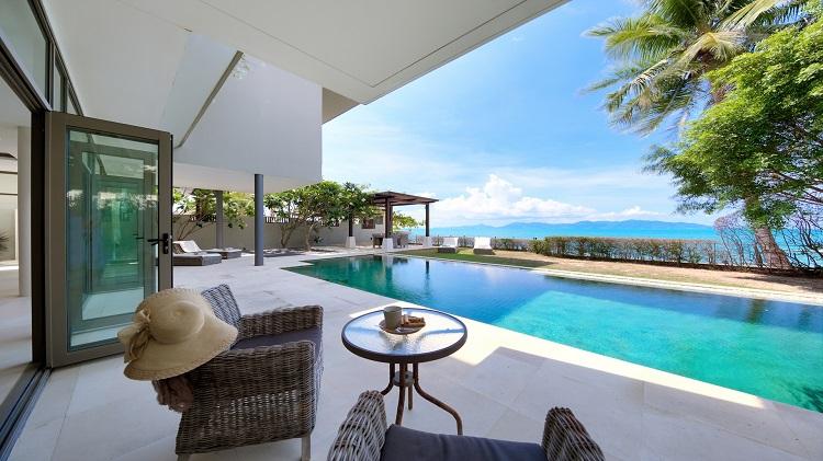 Koh Samui Luxury Villa for sale; Koh Samui Beach front Villa for Sale, Pool terrace,
