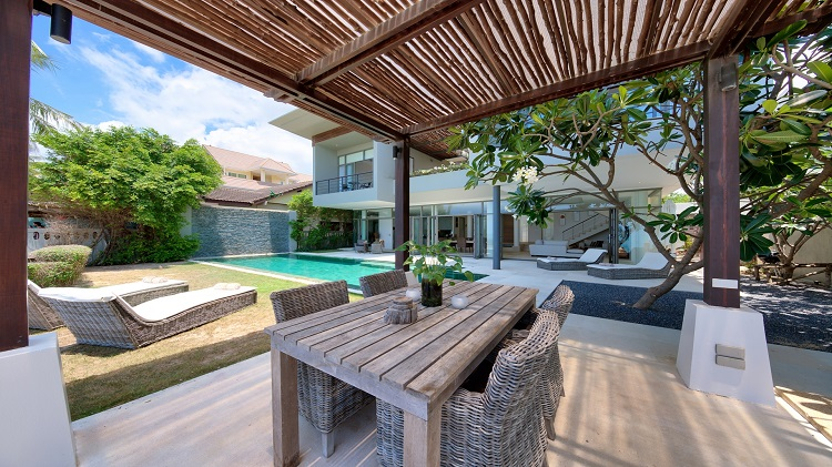 Koh Samui Luxury Villa for sale; Koh Samui Beach front Villa for Sale, Sala,