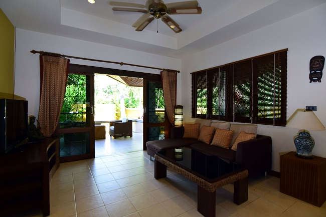 Koh Samui villa for sale, Koh Samui bungalow for sale, 3 bedroom house for sale, lounge,