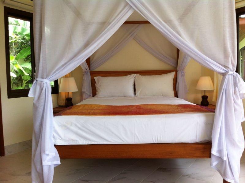 Koh Samui sea view villa for sale, Ko Samui Properties, bedroom,