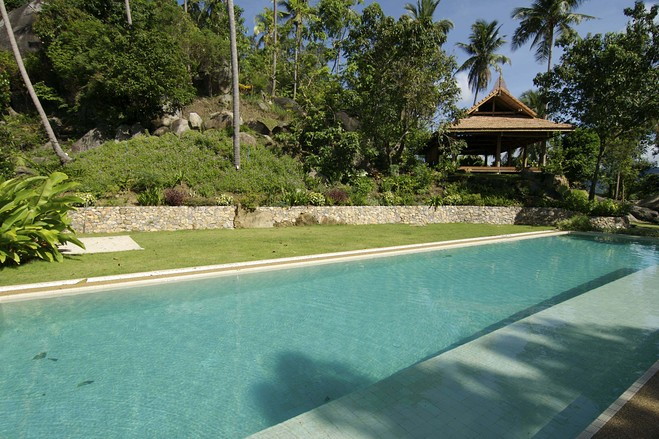 Koh Samui villas for sale, Ko Samui Properties villas for sale, sea view villas for sale, communal pool,