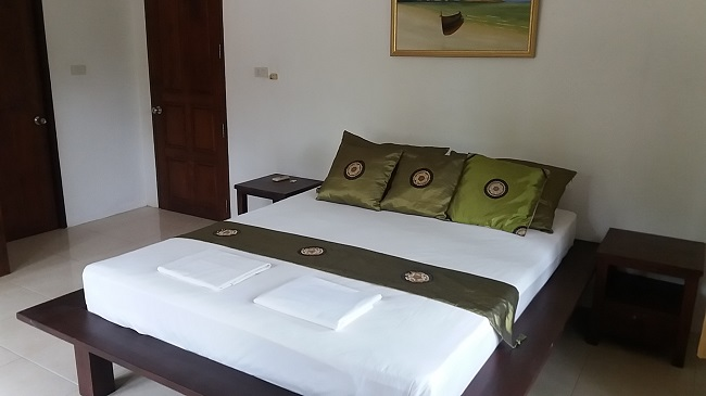 Ko Samui Properties villa for sale near the sea, Villa for sale in Lipa Noi,