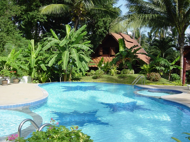 Ko Samui Properties vacation villa for sale on long lease, beach villa for sale, communal pool,