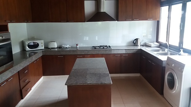 Ko Samui Properties villa for sale near the sea, Villa for sale in Lipa Noi, kitchen,
