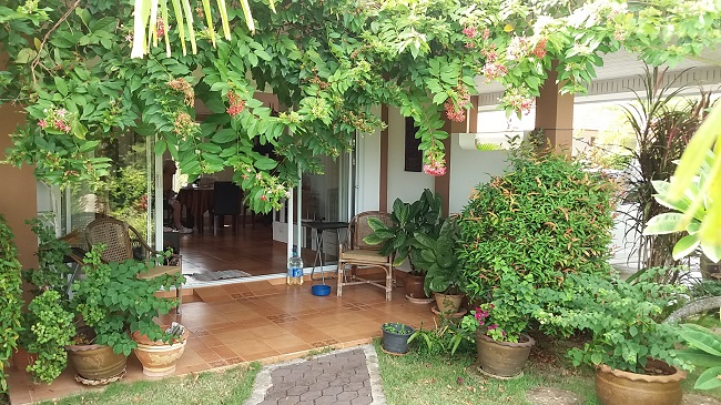 Ko Samui Properties disabled design bungalow for sale, bungalow for sale in Koh Samui, bungalow with wheel chair access, wheel chair ramp,
