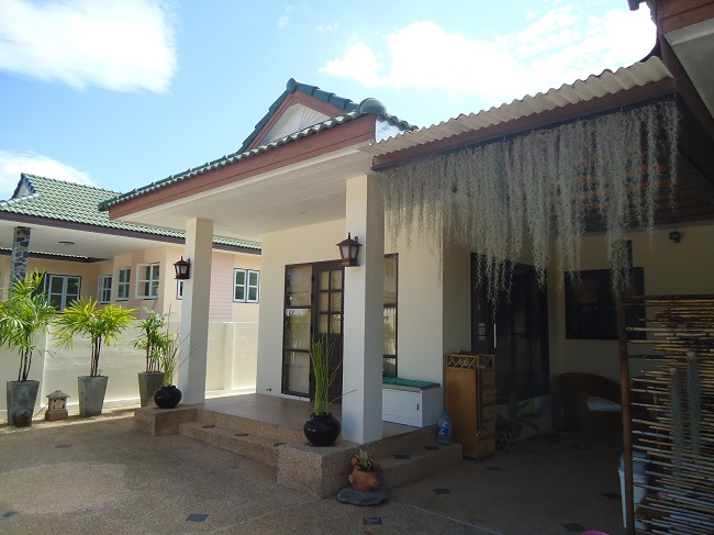 Ko Samui Properties villa for rent, 3 bed bungalow for rent,