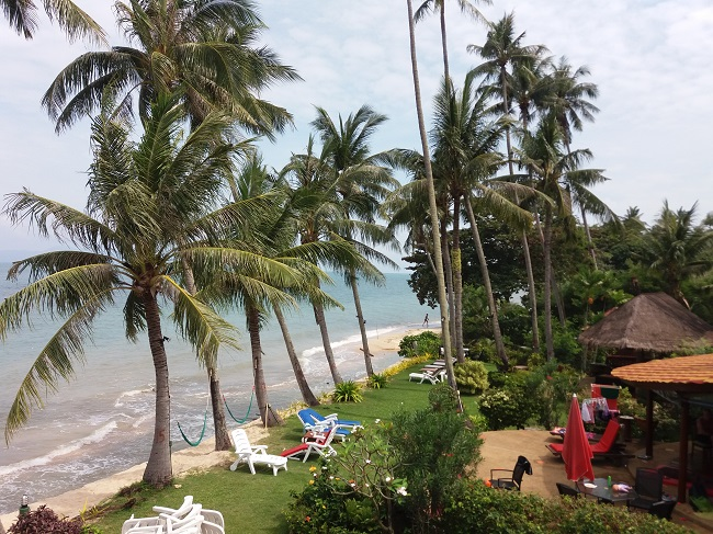 Ko Samui Properties vacation beach villa for sale on long lease, beach villa for sale in Koh Samui, sea view from balcony,