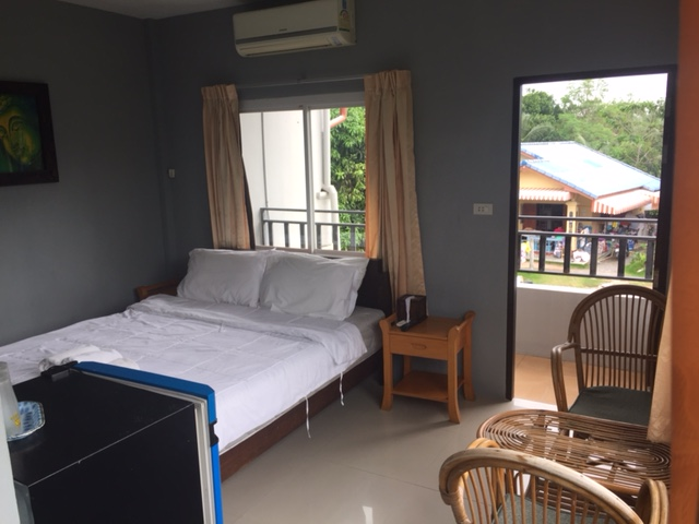 Ko Samui Properties room rental, double rooms for rent in Bangrak,