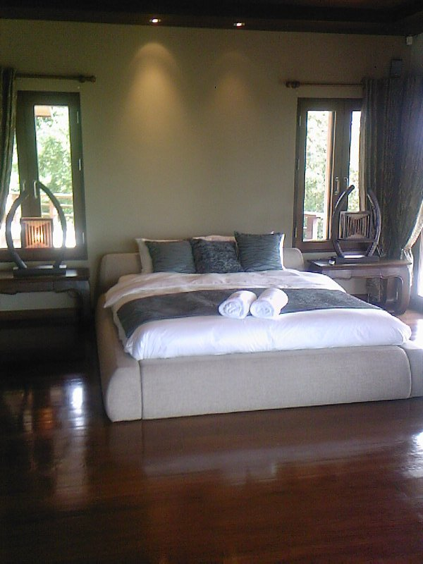 Ko Samui Properties luxury villa for sale, Koh Samui hillside sea view villa for sale,