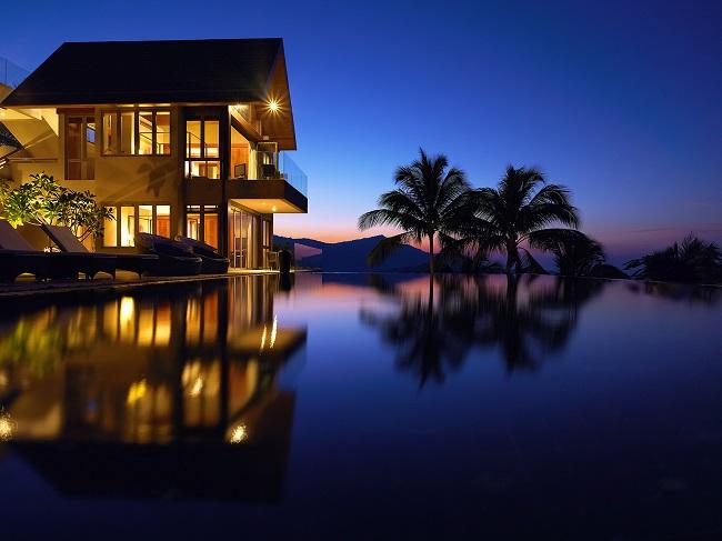 6 Bedroom Luxury Villa overlooking Big Buddha Bay and Fisherman's Village.