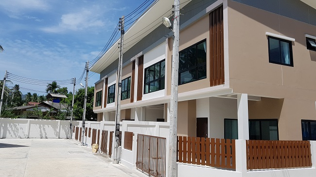 Ko Samui Properties new Townhouses in Maenam for sale, 2 bedroom town house for sale, 3 bedroom town house for sale,