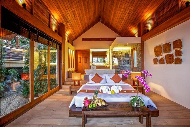 Ko Samui Properties luxury villa for sale, 5 bedroom beach front villa for sale, Baan Hinta for Sale,