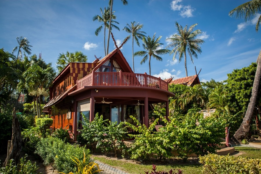 Ko Samui Properties beach front villa for sale, Thai style beach villa for sale in Ko Samui, Leasehold beach villa for sale, Thailand beach villa for sale,