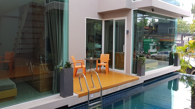 Ko Samui Properties hotel for sale, 17 room hotel for sale in Bangrak, Thailand hotel for sale, Koh Phangan Full Moon Parties, Hotel close to beach for sale,